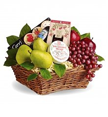 Fruit Gift Baskets: Delicious Delights Basket